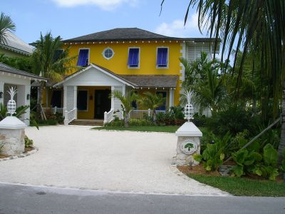 Old fort bay real estate nassau homes for sale bahamas for New homes that look old